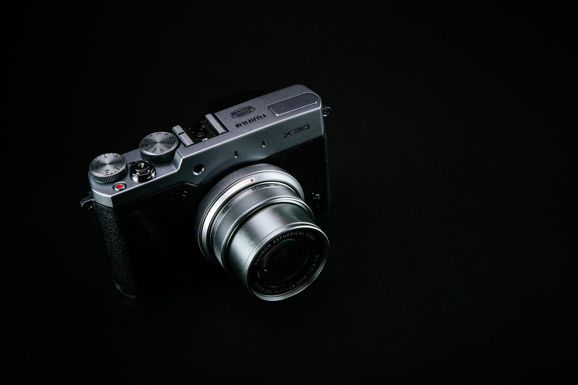 Fujifilm x30 review – Review By Richard