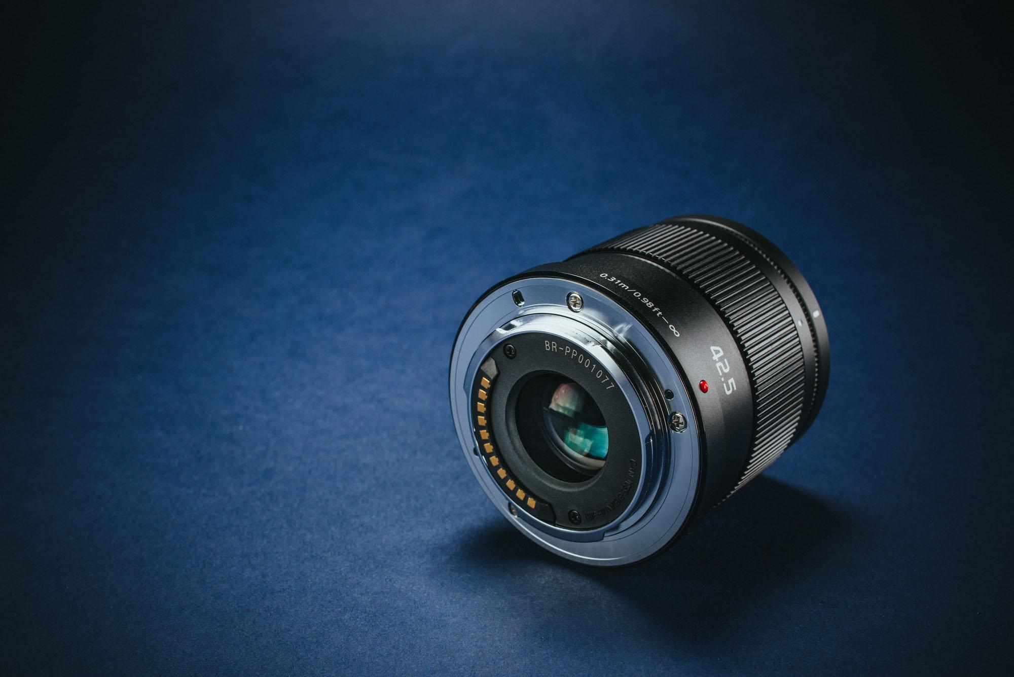 Panasonic_Lumix_42.5mm_f1.7_review_02
