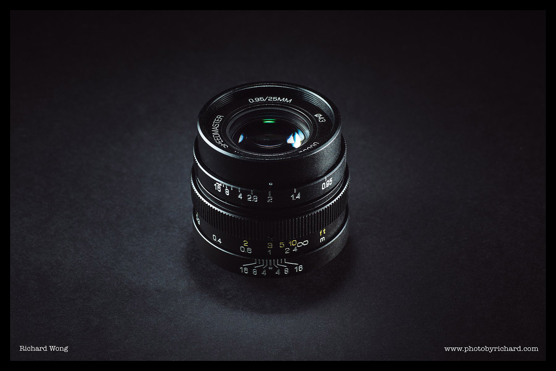 mitakon-speedmaster-25mm-f0.95-review-01