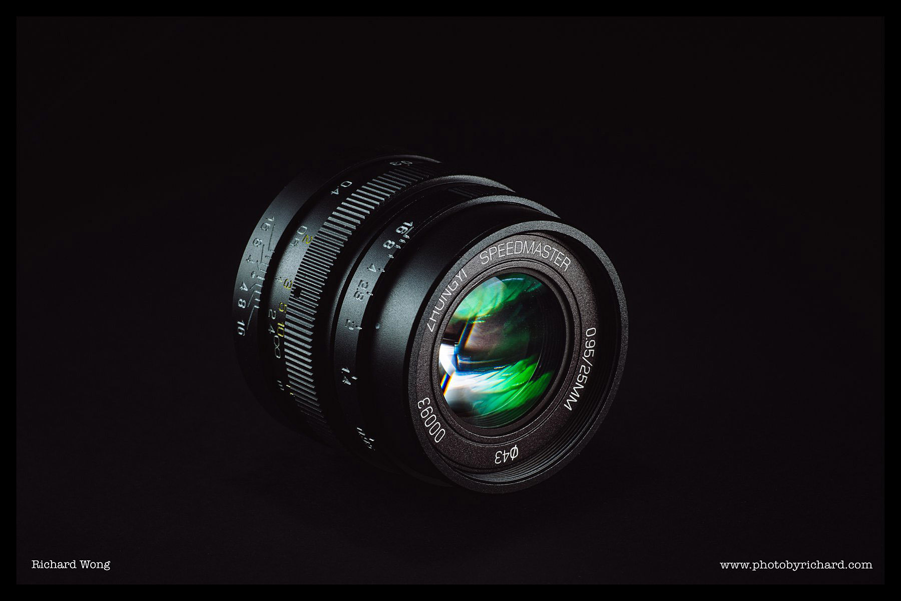 mitakon-speedmaster-25mm-f0.95-review-02