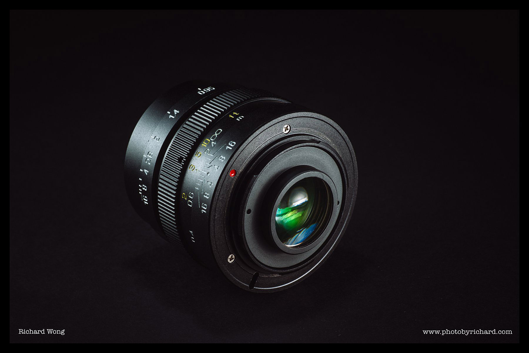mitakon-speedmaster-25mm-f0.95-review-03
